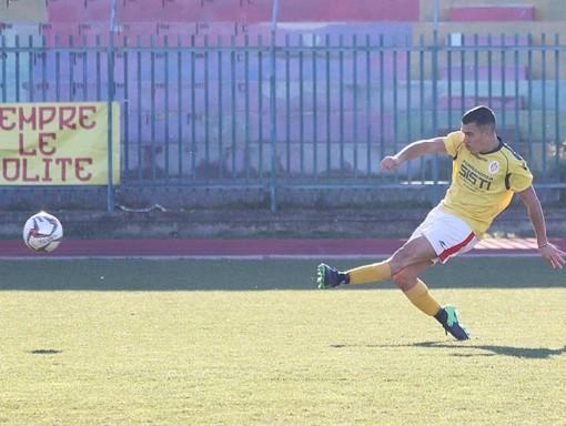 """Calcio, Loanesi. Passione e voglia di lottare, Nicolas Armango non vuole mollare: """"Situazione complessa, ma squadra e società sono dalla stessa parte"""""""