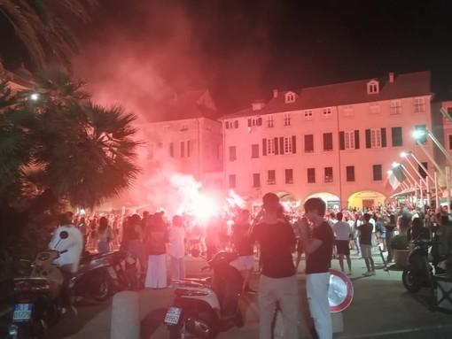 L'Italia conquista la finale dell'Europeo: nelle piazze savonesi continua la festa (VIDEO)