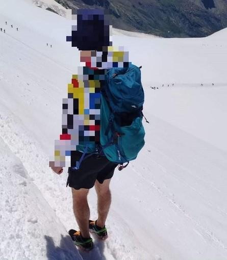 """Outdoor. Escursionista in bermuda e scarpe non adatte sulla cima del Breithorn, soccorso alpino Liguria: """"Fondamentale indossare un abbigliamento adatto"""""""