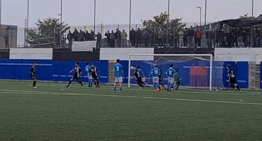 Calcio, Albenga. Decide Franco Gargiulo, ecco il primo gol in bianconero dell'attaccante argentino (VIDEO)