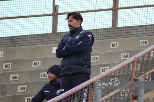 Calcio. Chieti, esonerato l'ex tecnico del Savona Alessandro Grandoni dopo dodici giornate di campionato