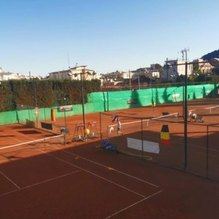 Tennis. Sfilata di veterani e campioni all' Hanbury Tennis Club di Alassio