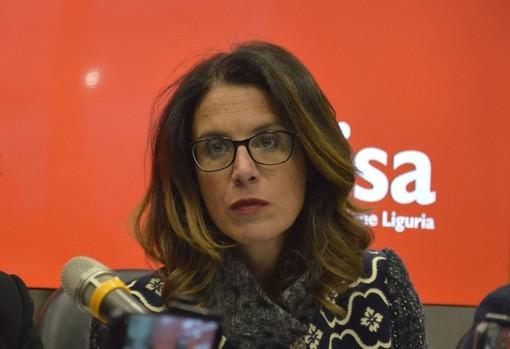 Campagna #Restoacasae... della Regione Liguria: boom di adesioni di nomi noti e non