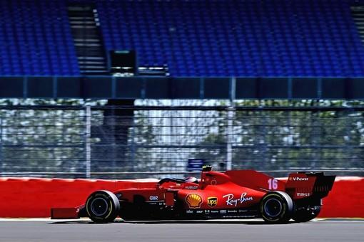 Formula 1. Ferrari, eppur si muove: le qualifiche di Silverstone consegnano un redivivo Leclerc. Il monegasco è quarto