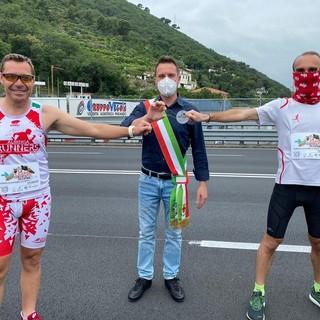 """La maratona """"La Liguria ricomincia. Di corsa"""" fa tappa anche ad Albenga"""
