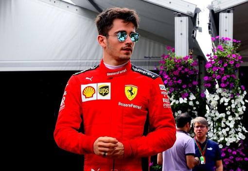 """F1. A Monaco pole col """"botto"""" per Charles Leclerc, che a casa sua torna davanti a tutti dopo un anno e mezzo"""