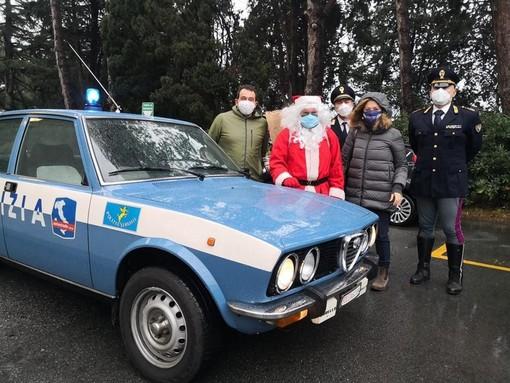 Il Moto Club Polizia di Stato porta regali e sorrisi alla Pediatria di Savona (FOTOgallery)