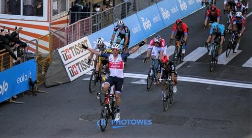 """Milano - Sanremo. Il punto di Ivo Bensa: """"Avevo pronosticato Ewan, ancora pochi metri e avrebbe superato Stuyven"""""""