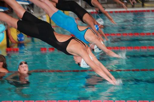 Nuoto: le promesse savonesi volano verso uno splendido 2020