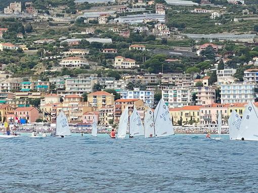 """Ospedaletti: grande successo per il """"Memorial Stefano Sessini 2021"""", regata riservata alle classi Optimist e 420"""