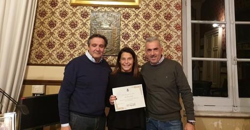 L'ex Genoa e Juve Corrado Grabbi turista fedele di Alassio: la sorella Silvia ricevuta in comune (FOTO)