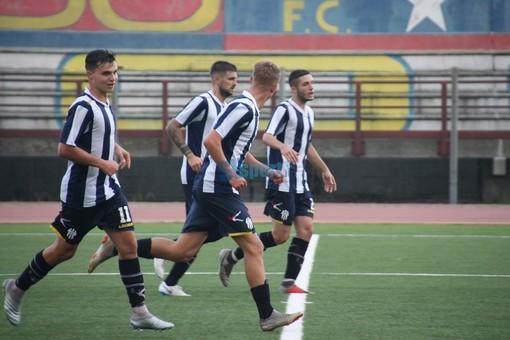 Calcio, Savona: spunta la possibilità di una raccolta fondi dei tifosi a favore delle leve biancoblu