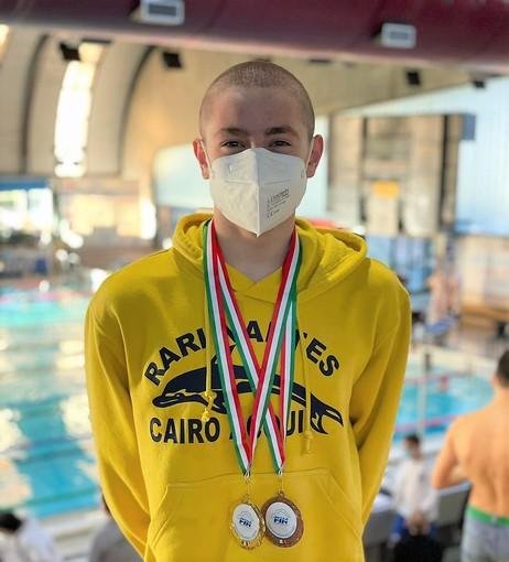 Nuoto: la Rari Nantes Cairo batte il colpo alla Sciorba. Cinque medaglie e buoni piazzamenti agli Italiani di Categoria