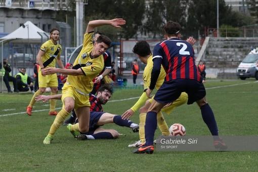 Calcio, Serie D: Savona formalmente escluso, per il possibile ripescaggio il Vado dovrà attendere fine mese