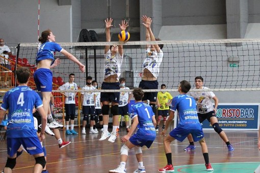 Volley. Alassio è pronta a incoronare i campioni italiani under 15. E' sfida tra i Diavoli Rosa e Treviso