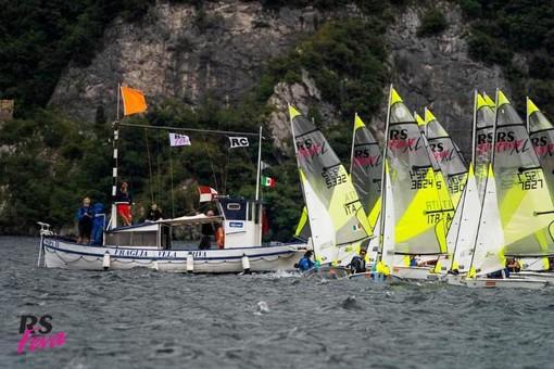 Vela: i quattro equipaggi del R.T. Golfo Dianese tornano con ottimi piazzamenti dalla regata di Riva del Garda