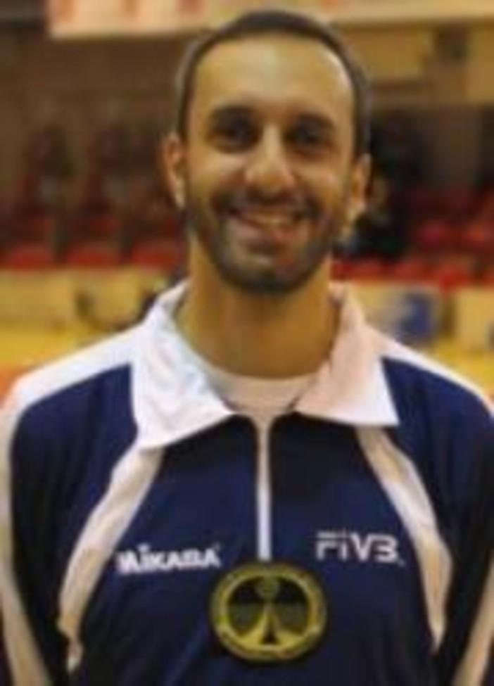 Pallavolo. Un premio alla carriera per l'arbitro Luca Sobrero, il riconoscimento sarà consegnato al Torneo Internazionale di Carcare