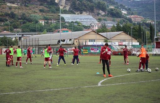 Calcio, Promozione. Ventimiglia-Legino 1-0: la sintesi del match decisa da Luca Calcopietro (VIDEO)