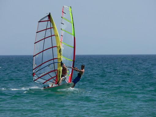 Windsurf. Albisola Marina ha ospitato il primo raduno dedicato ai più giovani